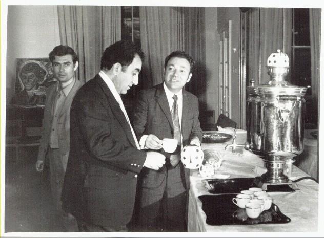 http://chess.vatnikov.com/images/Petrosian.JPG
